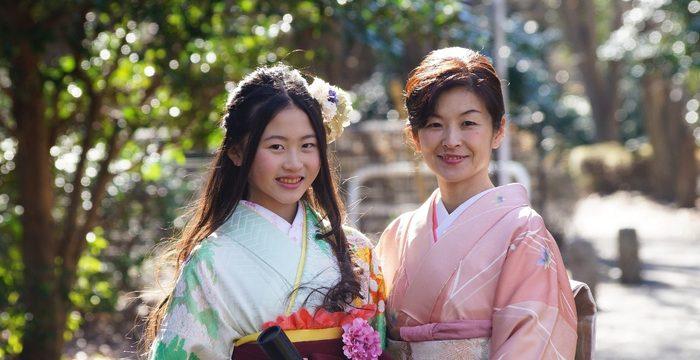 卒業入学シーズン!袴や訪問着の着付けご予約受付中